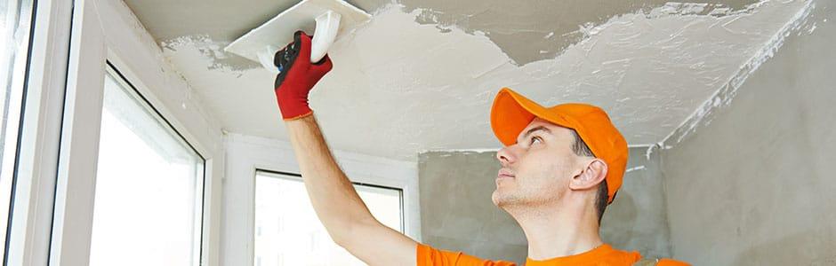 laat uw plafond stucen door een stukadoor