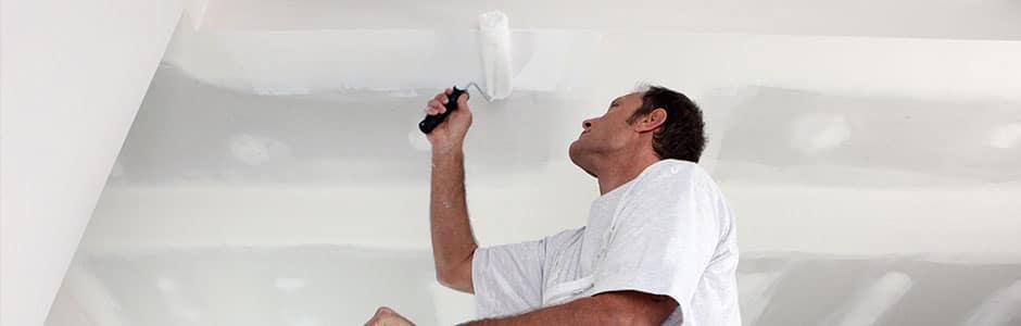 Wij verven uw plafond en geven tips over schilderen!
